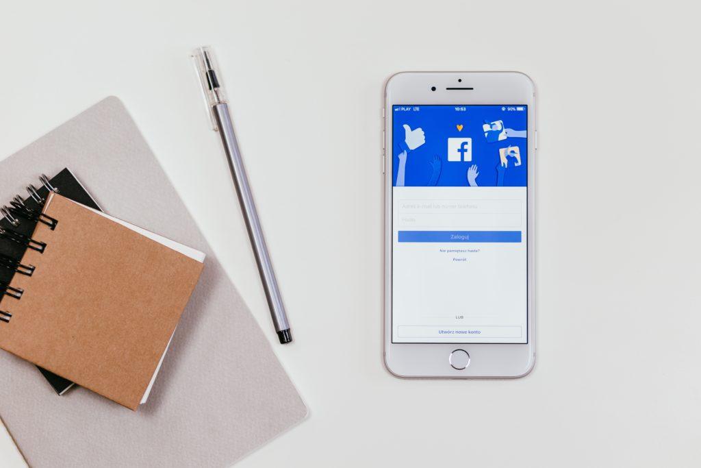 Facebok post engagement interakció közösségi média